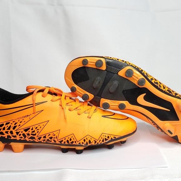 new style 785c0 f4747 Nike Soccer Hypervenom Phade 2 Unisex Cleats